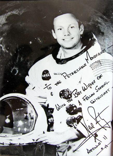 Autogramm Neil Armstrong